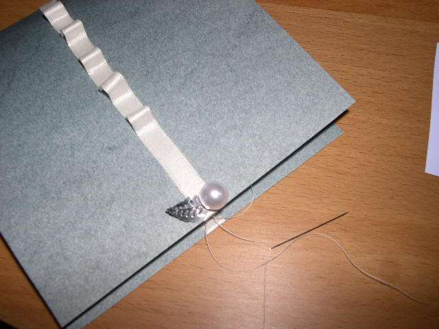 realisation modèle exemple faire part mariage invitation thème hiver original pompon en laine faire soi même bricolage loisirs créatifs perle