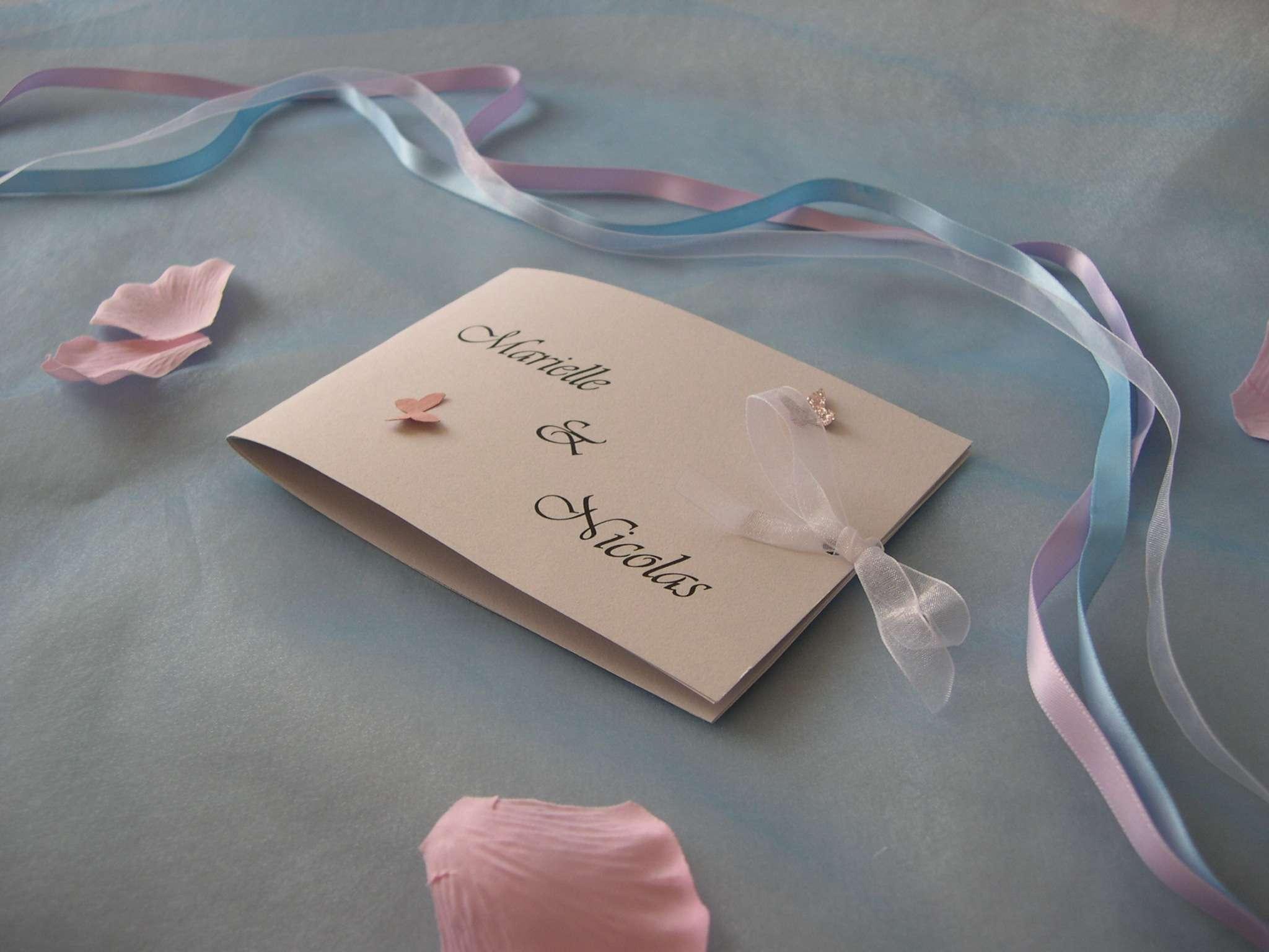 réalisation faire part invitation mariage thème papillons nature champêtre  loisirs créatifs bricolage faire soi même  fleur en relief