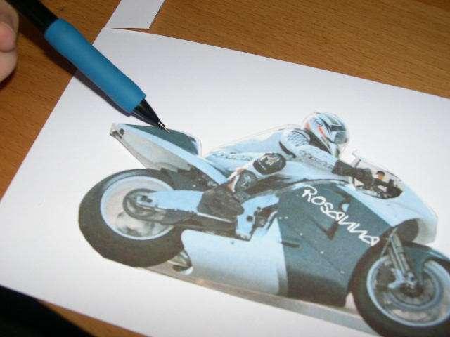 réalisation marque place  moto formule 1 mécanique  explication