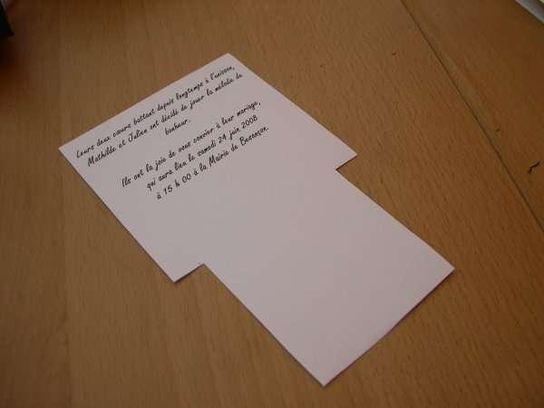 réalisation modèle exemple faire part invitation mariage thème musique piano loisirs créatifs bricolage faire soi même pochette noir et fuchsia touches clavier scrapbooking carte origami