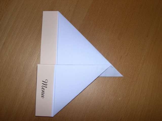 réalisation menu mariage avion en papier pliage  bricolage faire soi même
