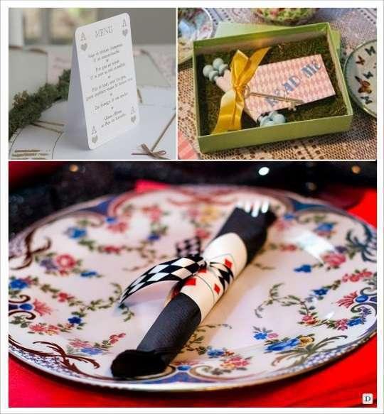 decoration mariage alice au pays des merveilles menu carte à jouer parchemin