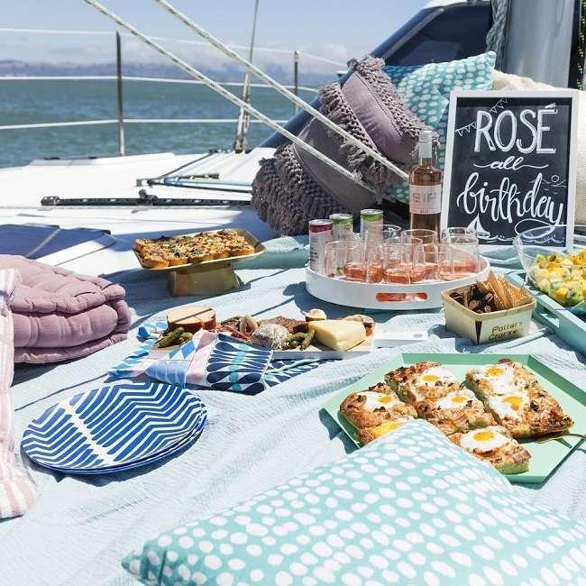 anniversaire sur un bateau