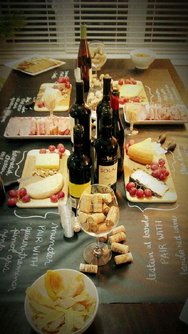 decoration anniversaire theme vin repas buffet fromage charcuterie