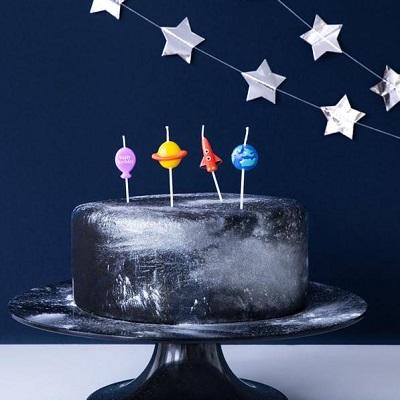 bougies gateau anniversaire fusee planete espace