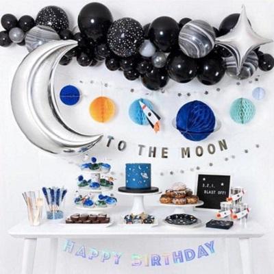 decoration anniversaire espace arche ballons