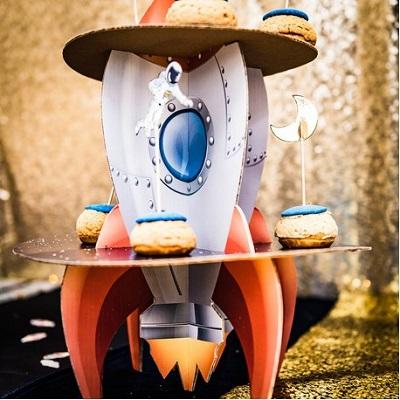 presentoir cupcake theme astronaute candy bar