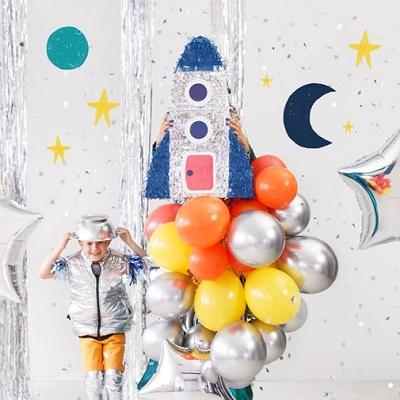 pinata fusée animation anniversaire astronaute