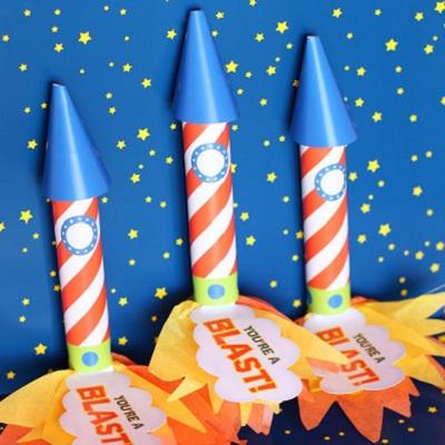 fusée rouleaud e bonbons candy bar theme espace