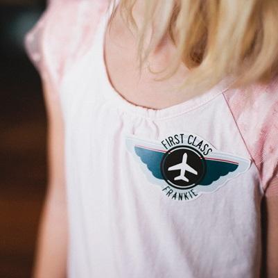 badge aviateur animation anniversaire avion
