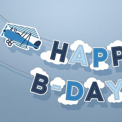 guirlande avion et nuage en carton deco anniversaire