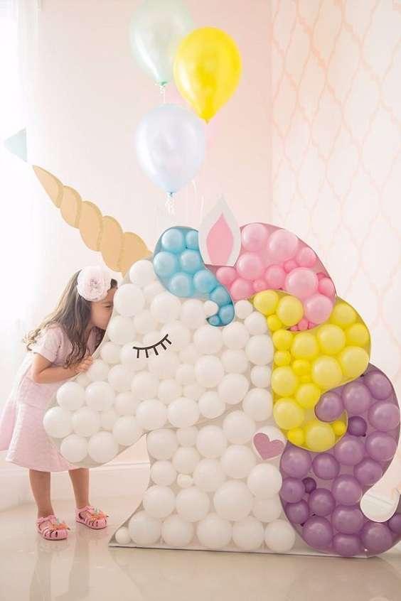 decoration salle mur de ballon licorne