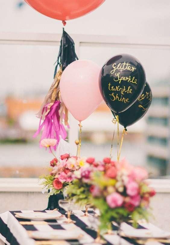 decoration table ballons gonflés hélium