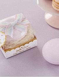cadeau invité savon macaron thème gourmandise