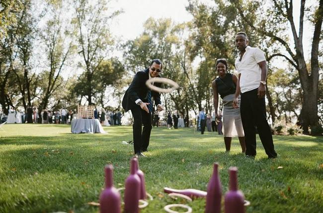 jeu lancer anneaux mariage en plein air