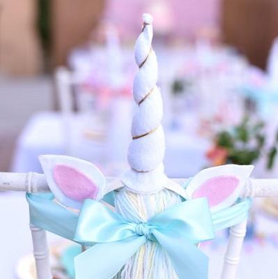 decoration chaise anniversaire licorne
