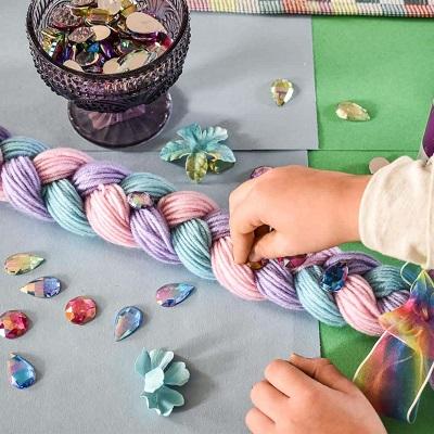 animation anniversaire licorne fabriquer une queue en laine