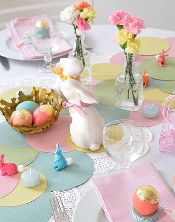 décoration de pâques couleur pastel-chemin de table en papier multicolore