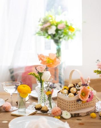 décoration de table de pâques avec ferrero rocher