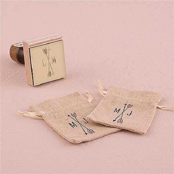 tampon personnalisé pochon dragées cadeau invités mariage