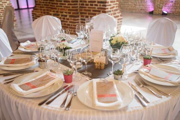 Decoration de mariage champetre - Comment disposer les tables pour un mariage ...